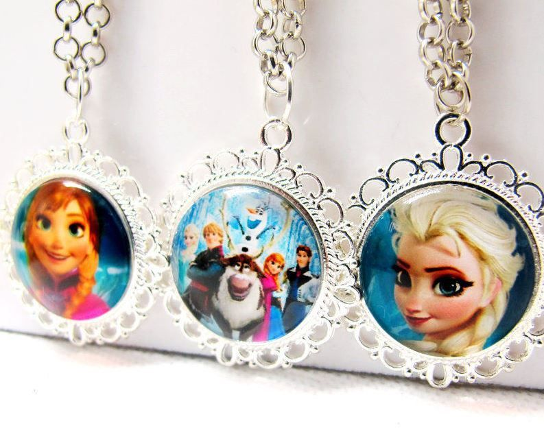 Frozen: lot 3 colliers (AS 48)