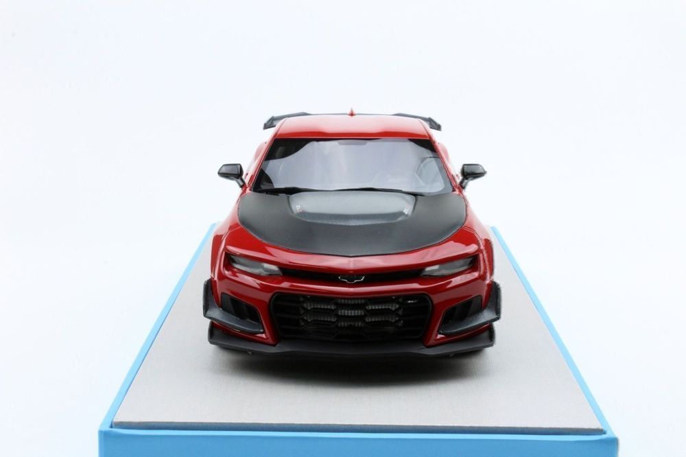Camaro ZL1 1LE Hennessey HPE850 1/18 RED