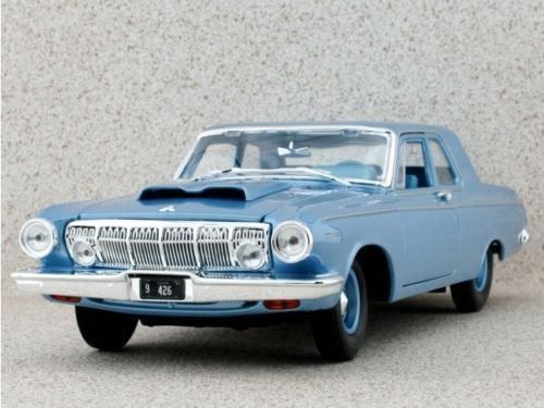Dodge 330 Coupé 1963 blau met. 1:18