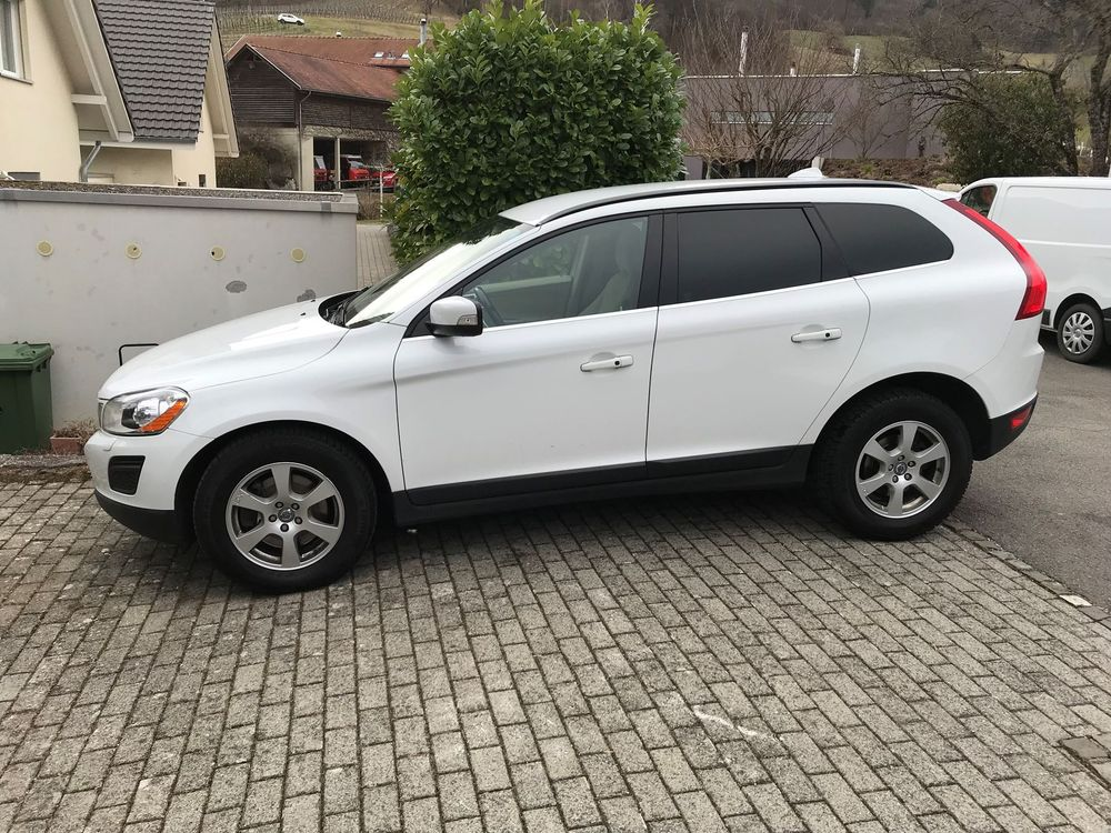 VOLVO XC60 T6 AWD Momentum Geartronic