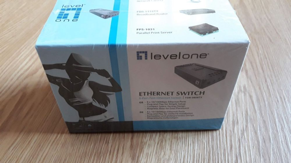Switch 8-Port Levelone inkl. Netzteil