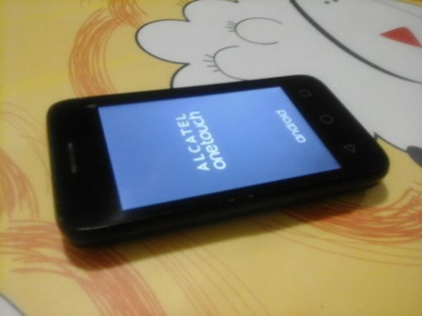 Android Smartfon:Alcatel OneTouch 4009X