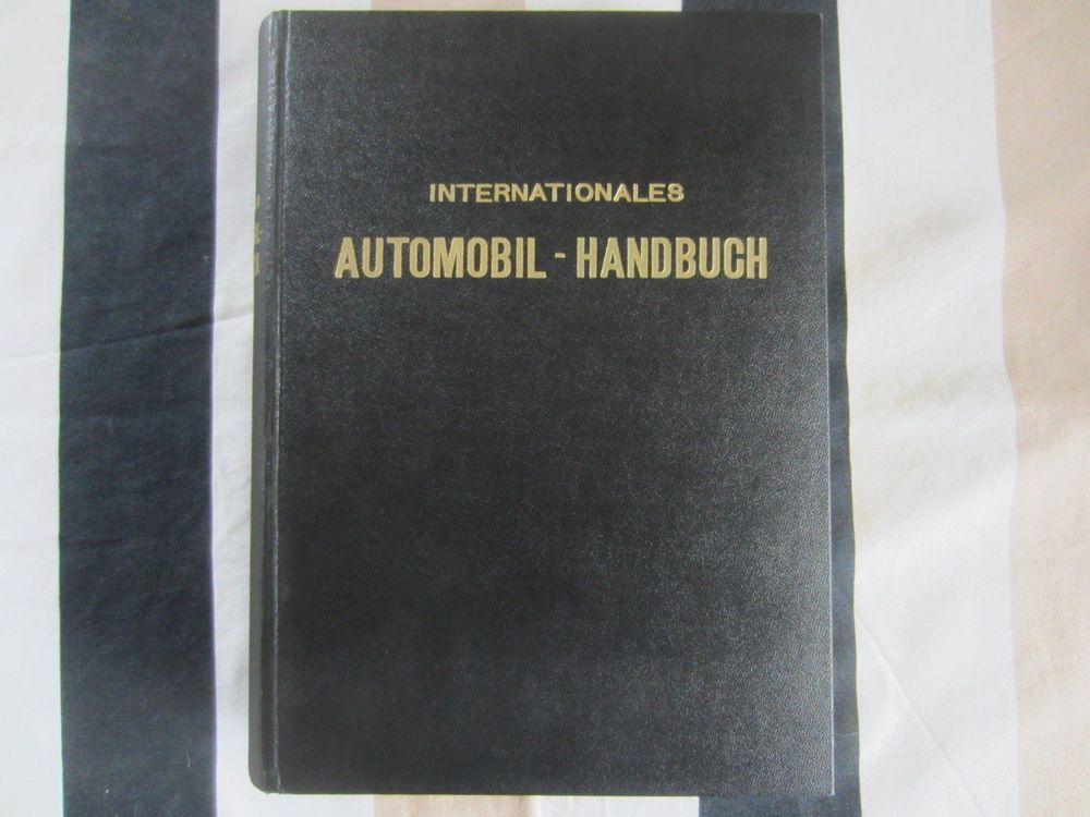 Internationales Automobilhandbuch