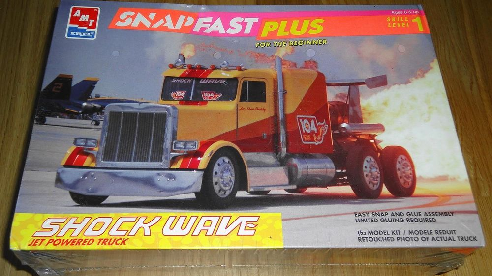 AMT SHOCK WAVE JET POWERED TRUCK 1:32