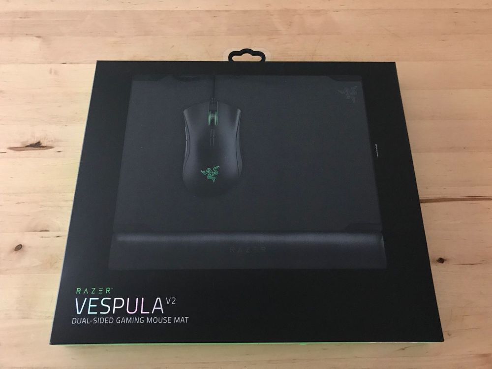 Razer Vespula V2 - Dual Sided Gaming Mat
