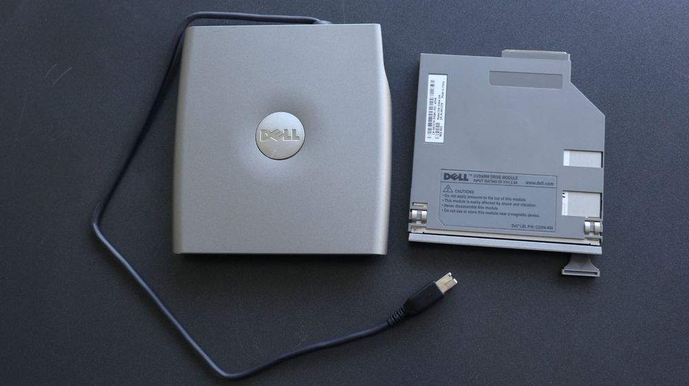 Dell D/Bay Media Bay + 8xDVD+/-RW