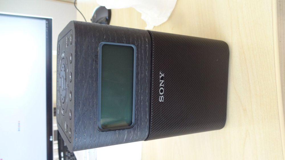 Neu Sony DAB Plus , Akku, Bluetooth
