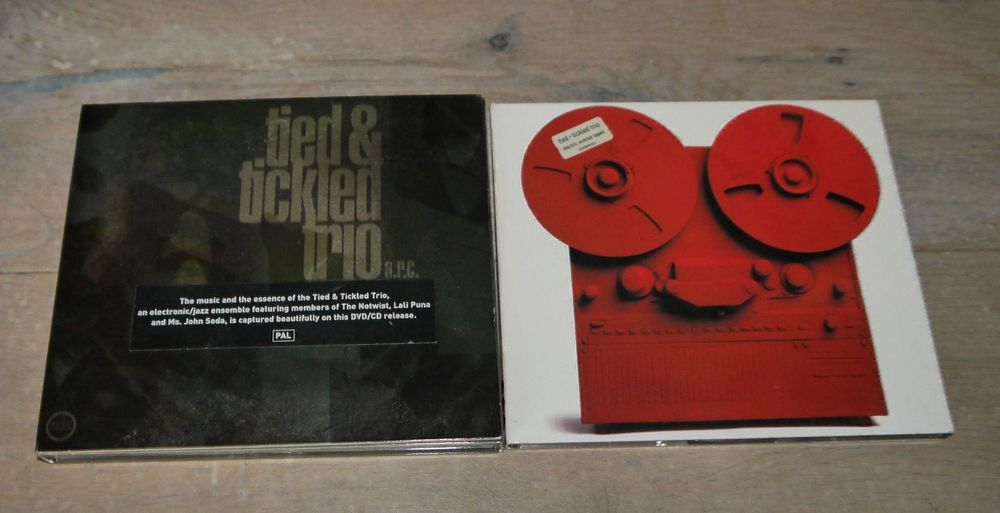 2xCD Tied & Tickled Trio