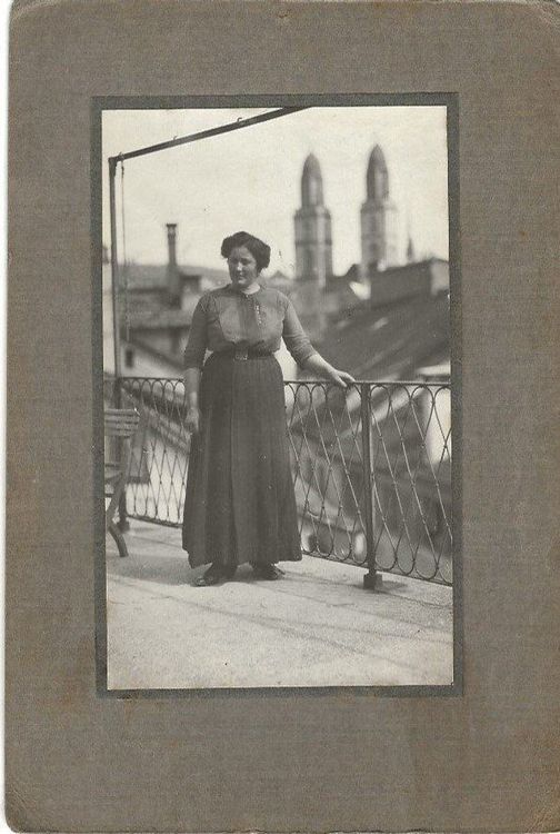 Zürich,Grossmünster,Lady,Mode,Privatfoto
