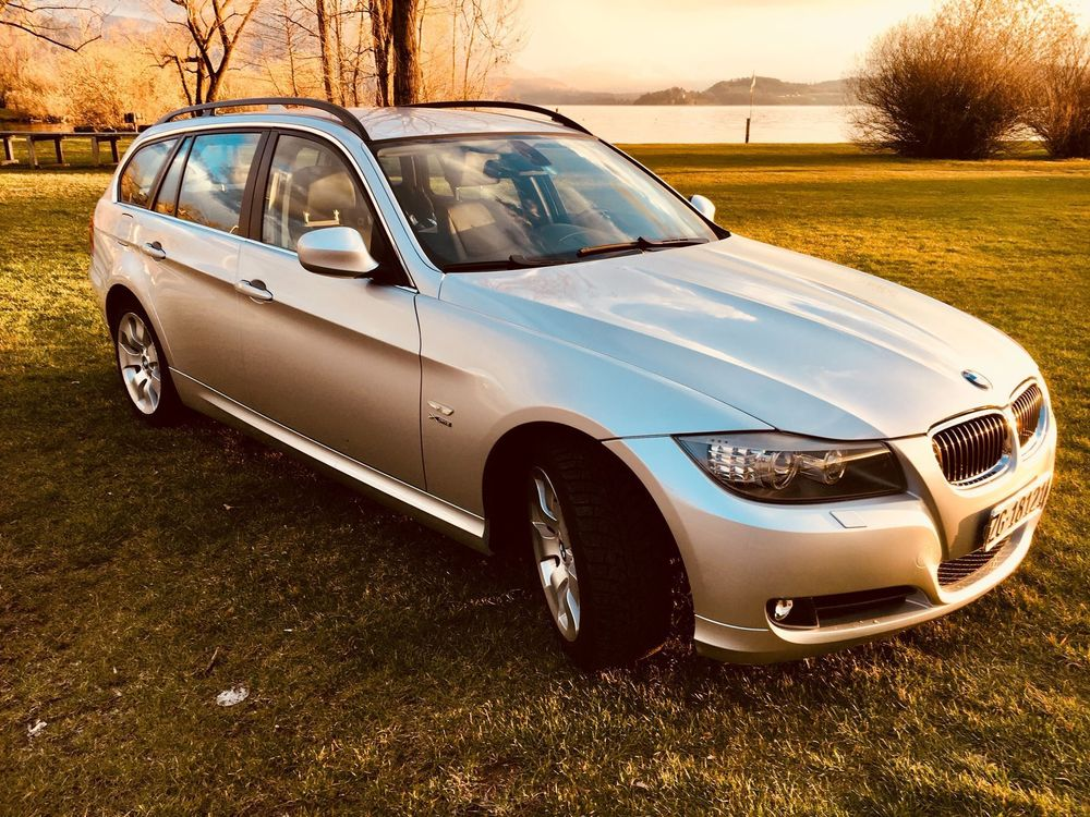 BMW 325i xDrive Touring Steptronic