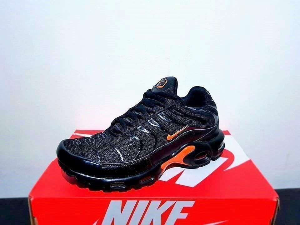 Nike Air Max Plus TN SE Gr.43 NEU