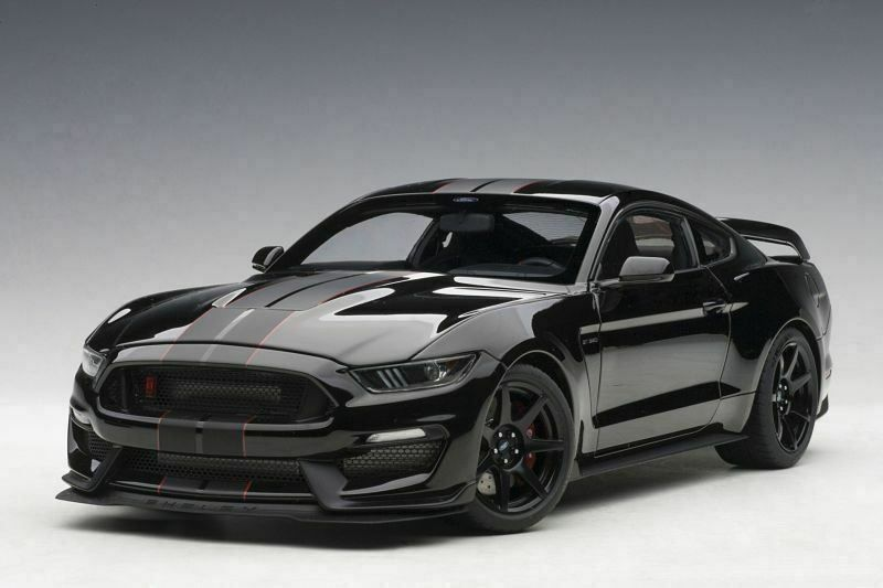 FORD MUSTANG SHELBY GT350R 2019 1:18 AA