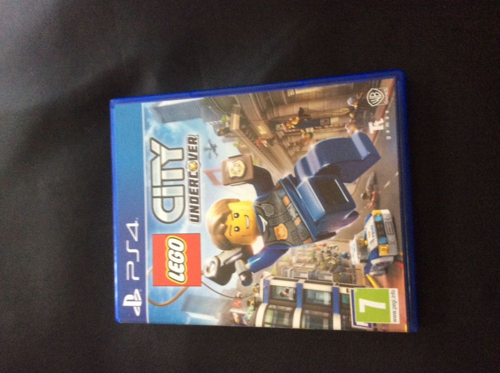 PS 4 CD Lego Sity