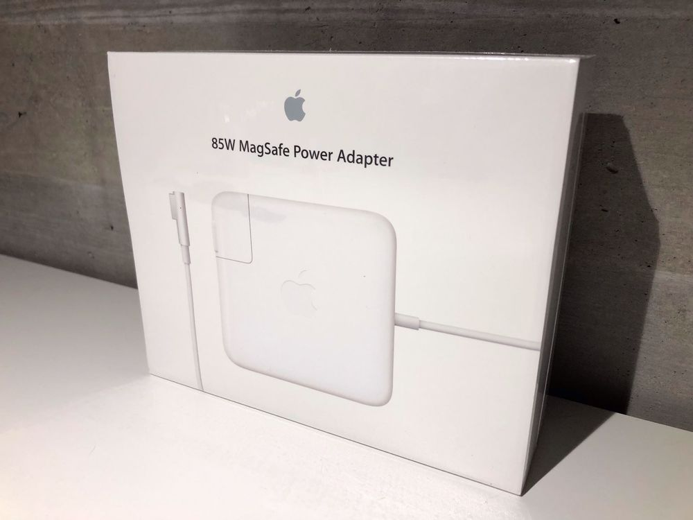 Apple MagSafe 85W Power Adapter