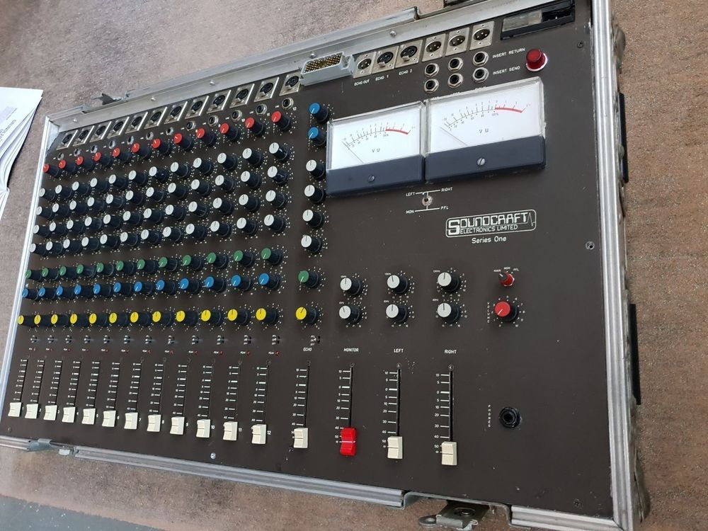 Soundcraft Series One analog Mischpult