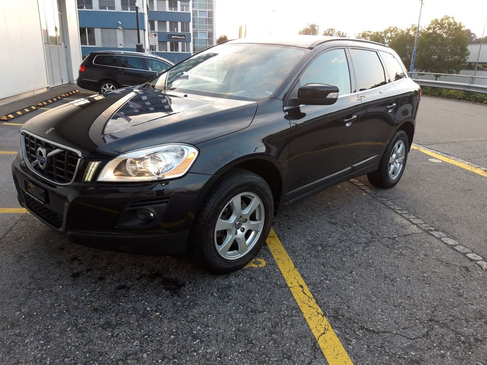 VOLVO XC60 2.4D AWD Kinetic