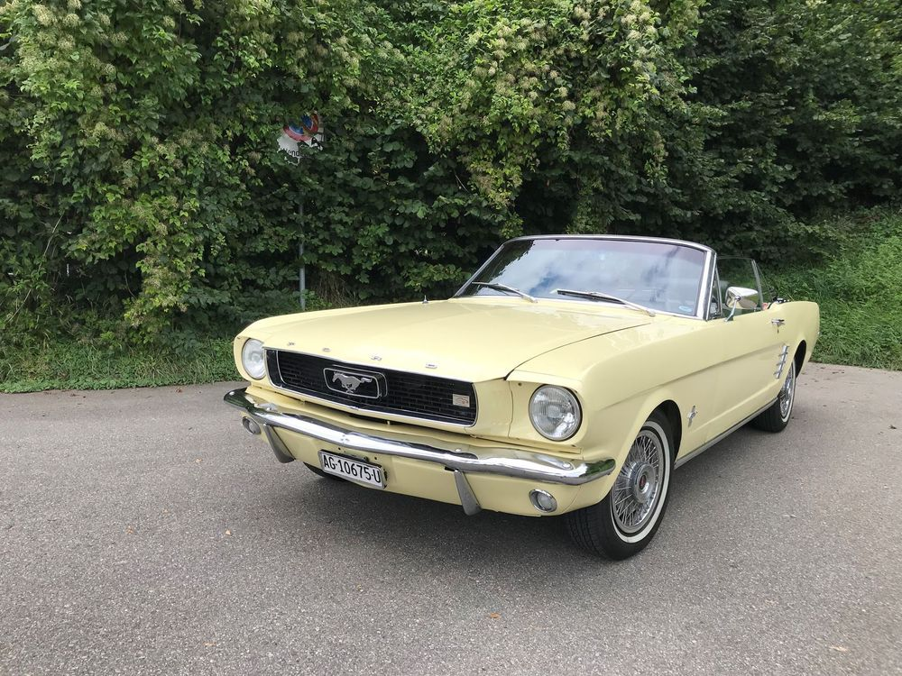 FORD (USA) Mustang 200ci Cabriolet