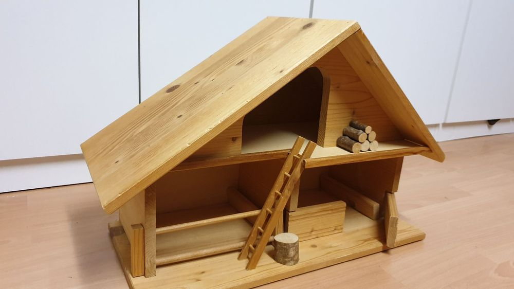 Stall aus Holz