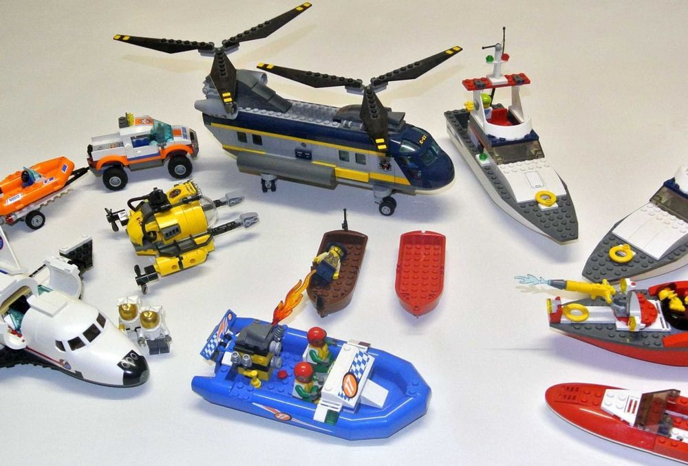 Lego City: Helikopter, Boote, Space Shut