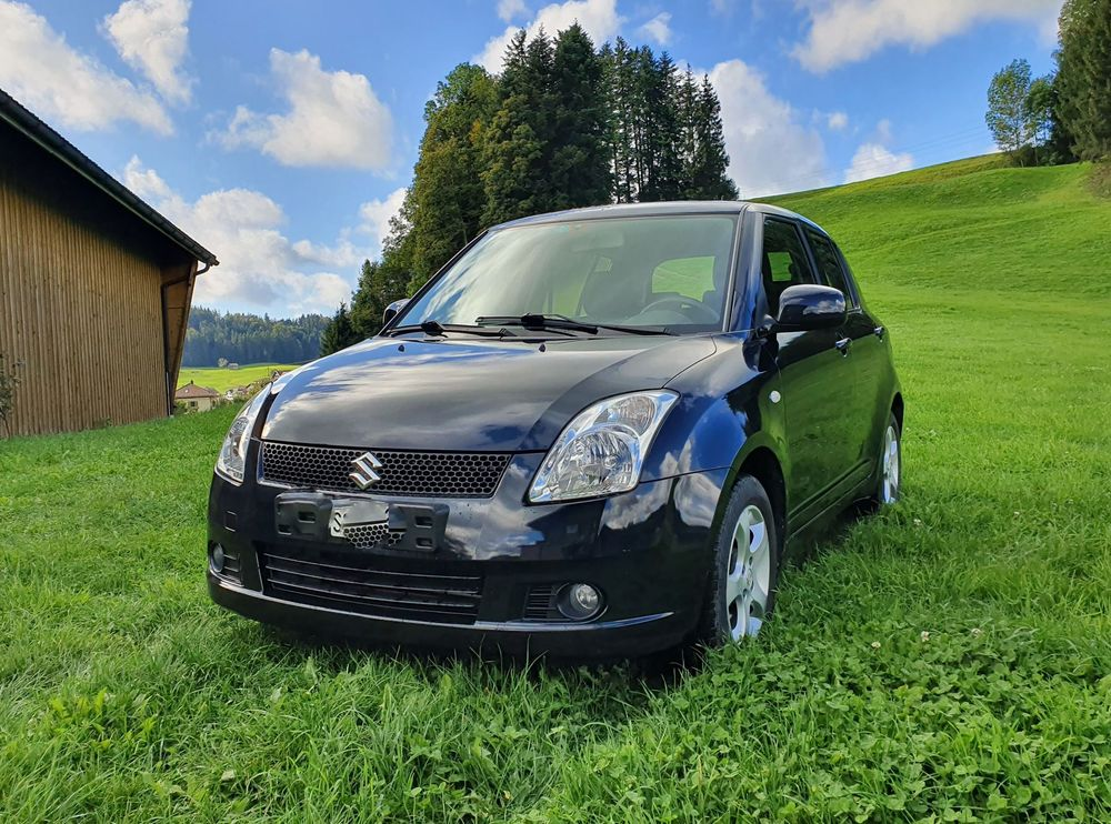SUZUKI Swift 1.3i 16V GL 4x4