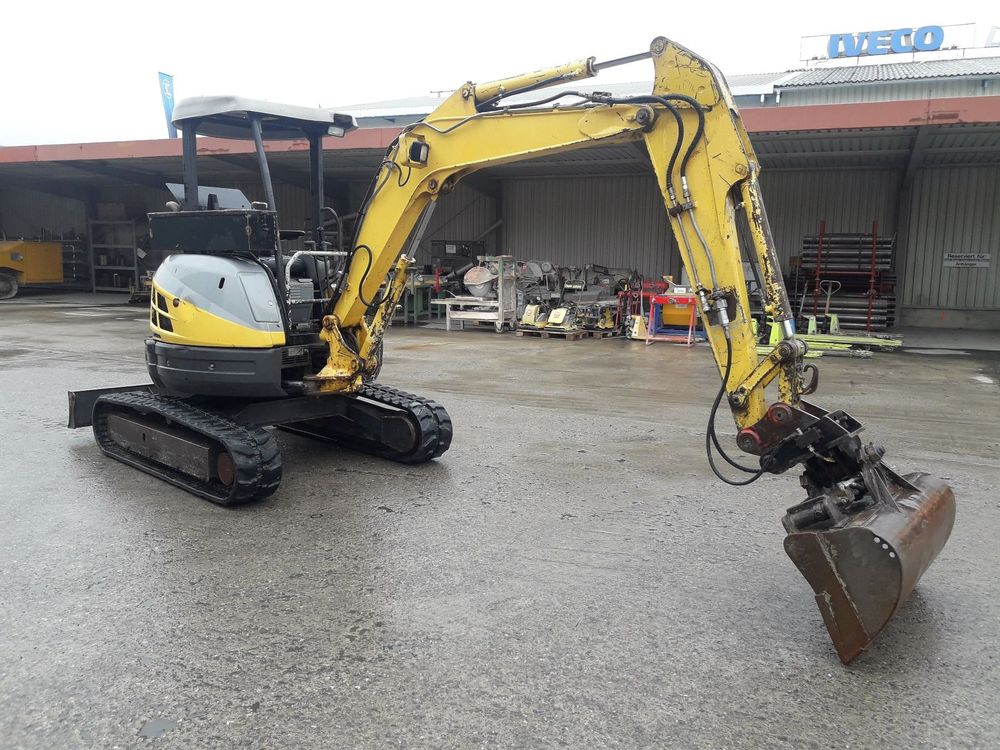 New Holland Raupenbagger E35.2 SR