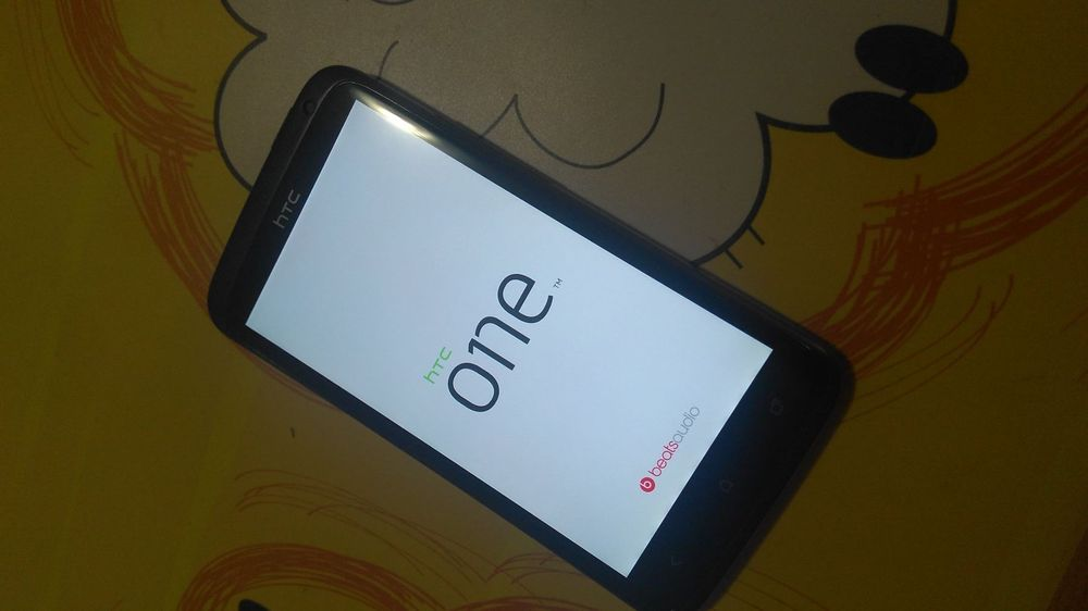 Android Smartphone ohne Lock: HTC One XL