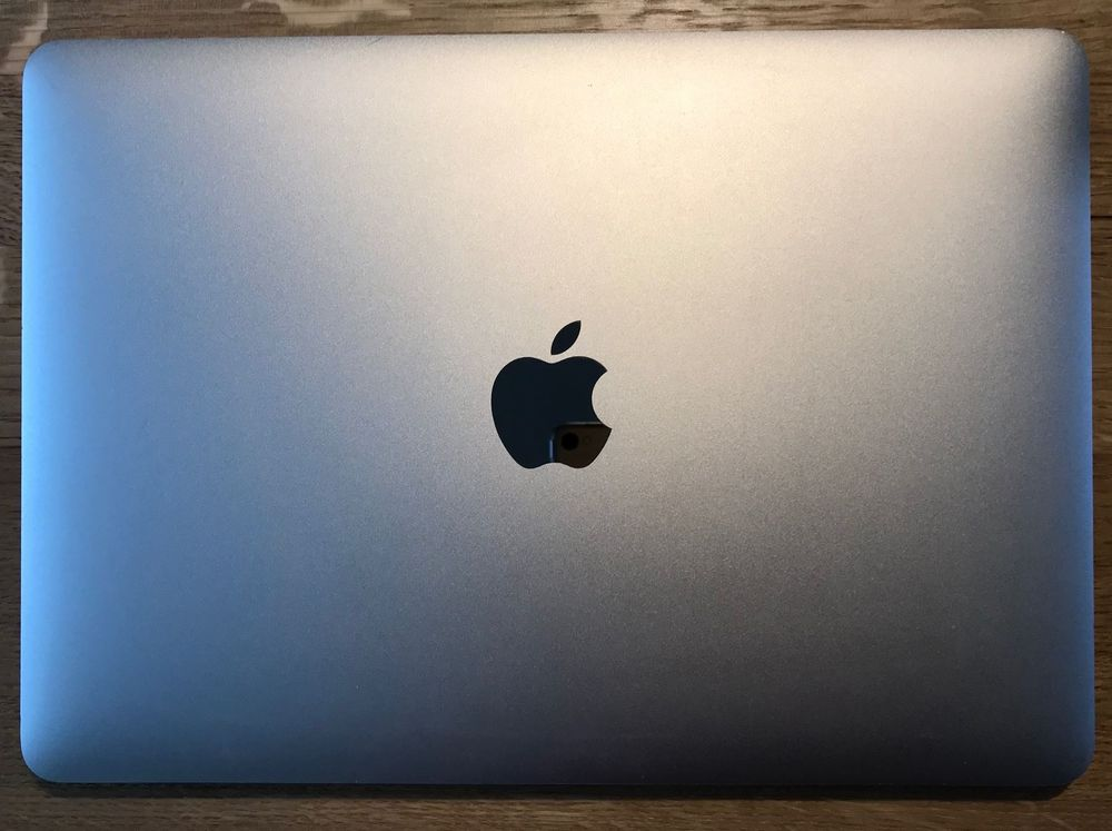 Apple Macbook 12'' mit defekter SSD