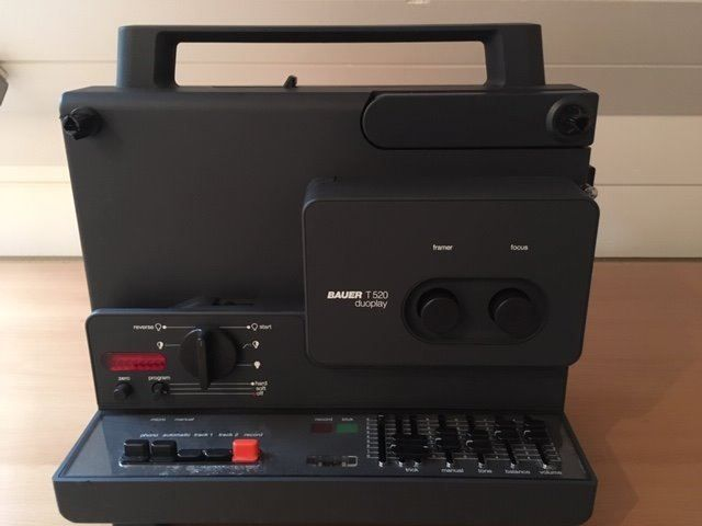 Bauer T - 520 Duoplay 8-mm Filmprojektor