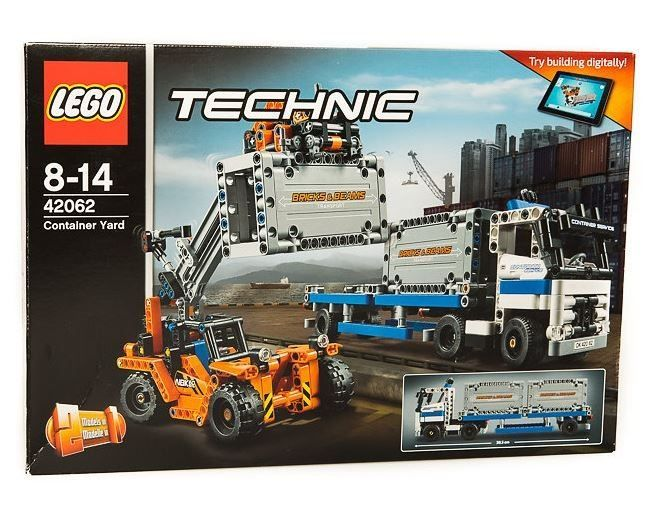 LEGO Technic - Container Yard 42062