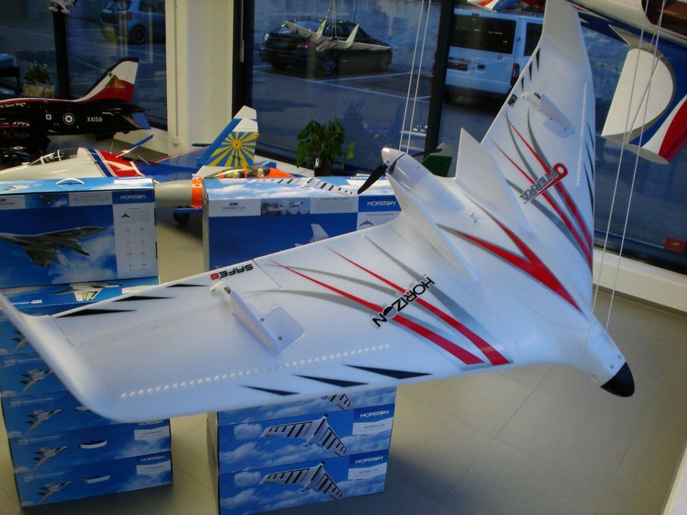 OPTERRA 1.2m Flying Wing PNP, ab CHF 1.-