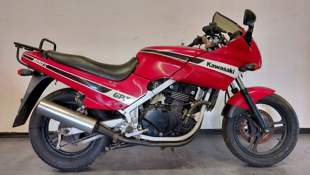 Review of Kawasaki GPZ 500 S 2003: pictures, live photos