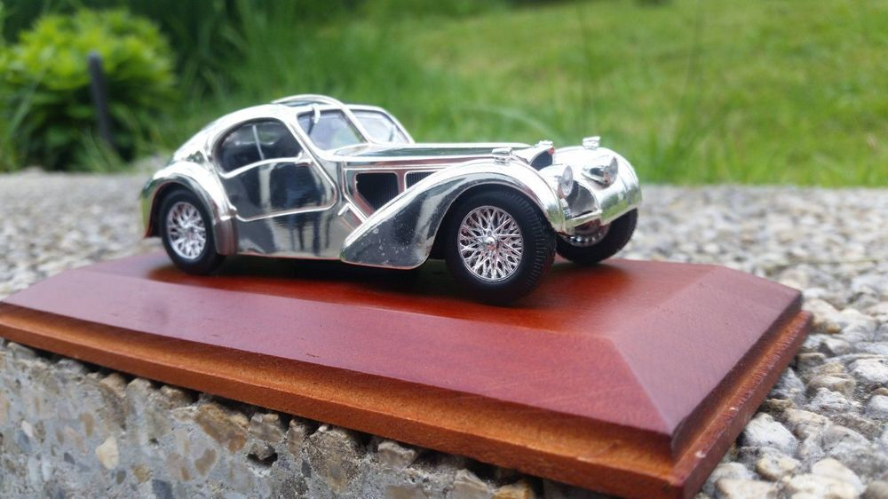 Bugatti Silver-Cars Collection