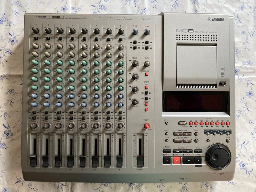 YAMAHA MD8 Multitrack Minidisc Recorder