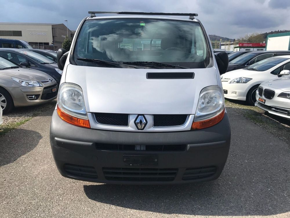 Renault Trafic T27 dCi 100 1