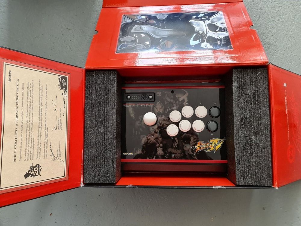 Street Fighter IV Collector's Ed. Arcade 1