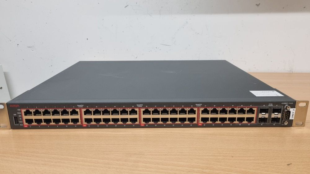 AVAYA Ethernet Routing Switch 4548GT-PWR 1