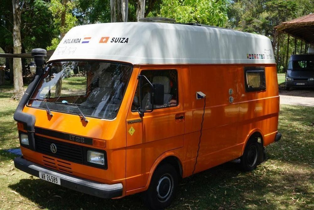 VW LT28 camper with high roof 1