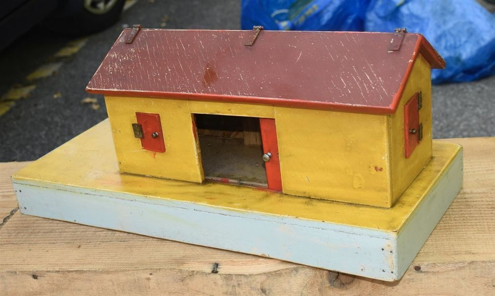 VINTAGE Holzmodell Haus GROSS dach kb 1