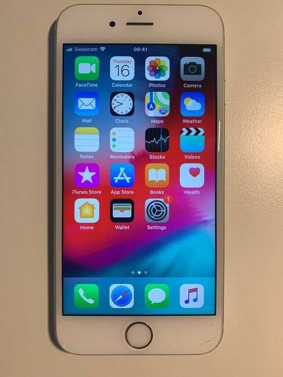 iPhone 6S 64GB Silber 1