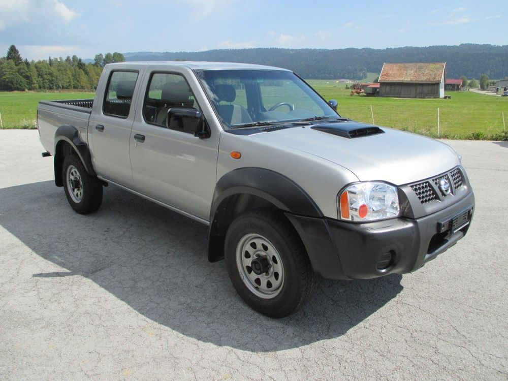 NISSAN NP300 4x4 Double Cab