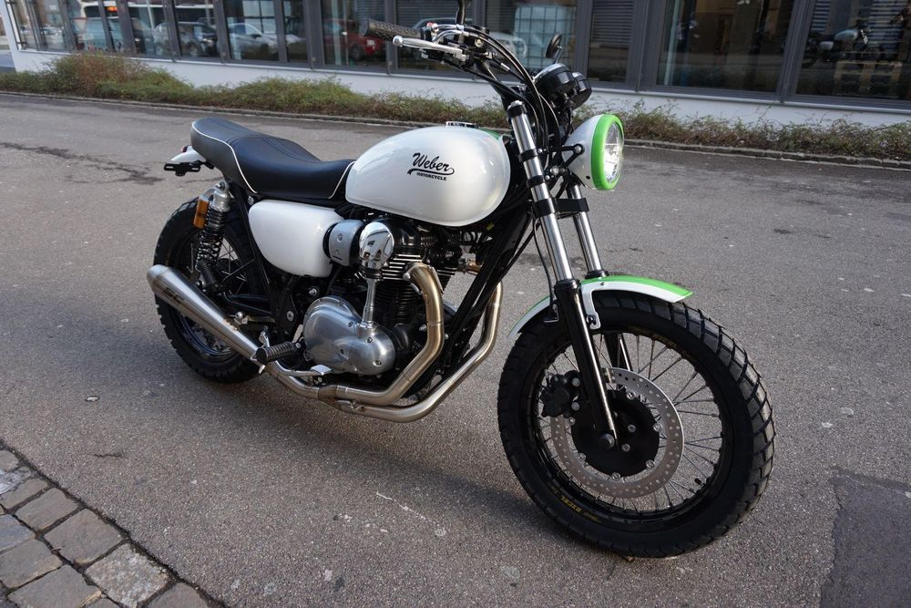 KAWASAKI W 800 Custom Bike