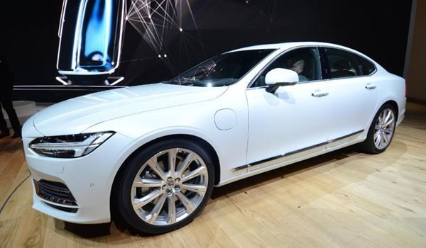 VOLVO S90 T8 AWD Twin Engine R-Design Geartronic