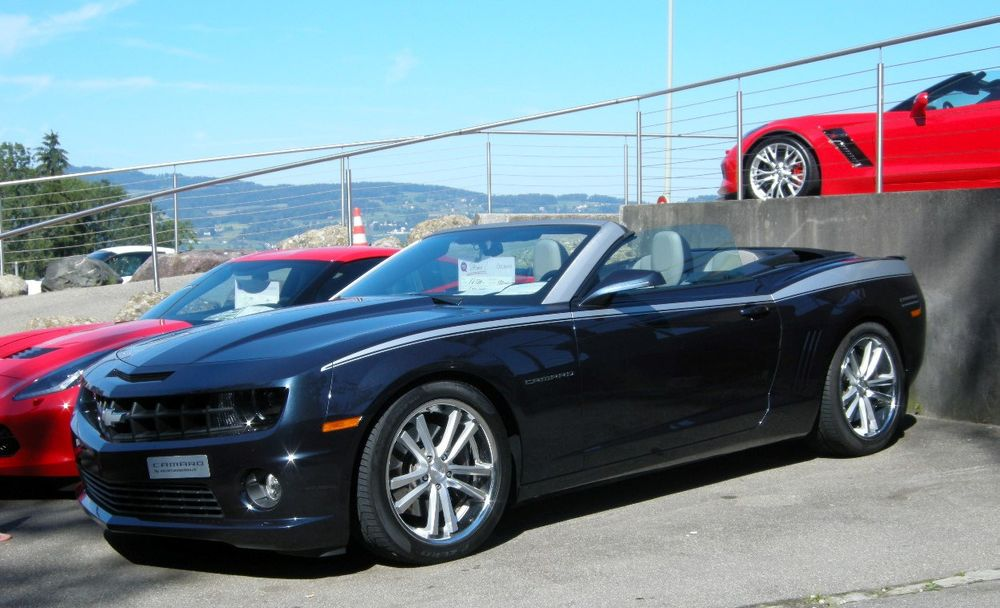 Chevrolet Camaro 6.2 Convertible Automatic