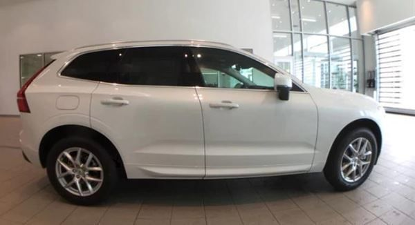 VOLVO XC60 NEW T5 AWD Geartronic Momentum