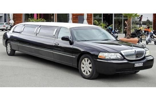 lincoln town car stretchlimousine kaufen auf. Black Bedroom Furniture Sets. Home Design Ideas