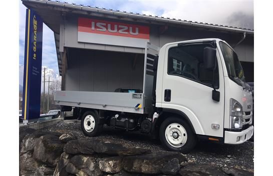 Isuzu M21 - Single Tire (feste Brücke)
