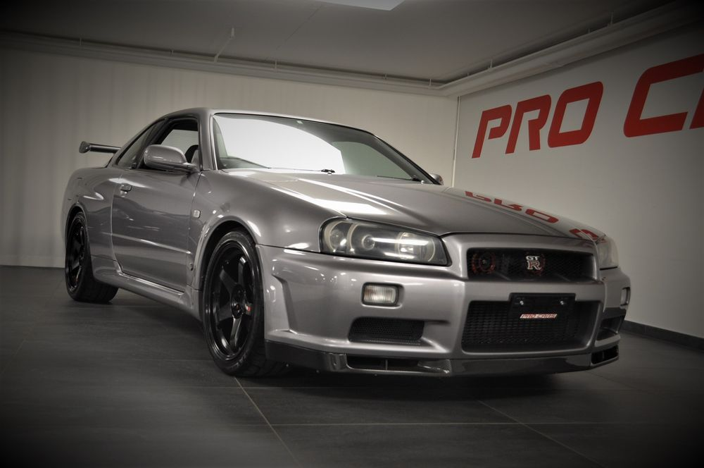 nissan skyline r34 gt r kaufen auf. Black Bedroom Furniture Sets. Home Design Ideas