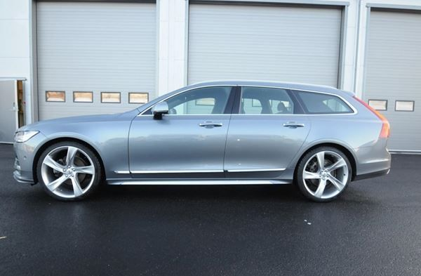 VOLVO V90 T8 AWD Twin Engine Momentum Geartronic