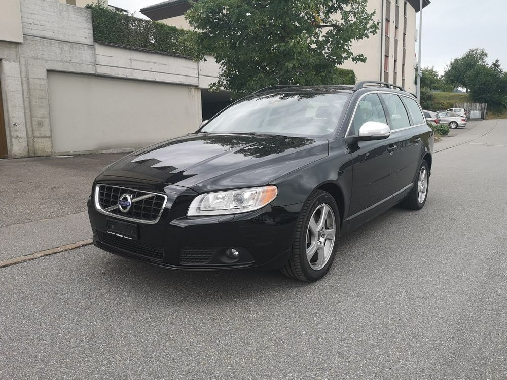 Volvo V70 D4 AWD Momentum Geartronic