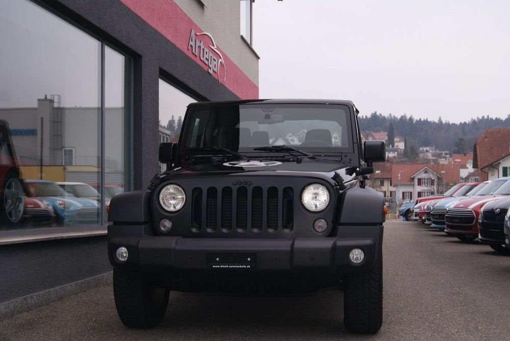 Jeep Wrangler 2.8 CRD Sport Automatic softtop